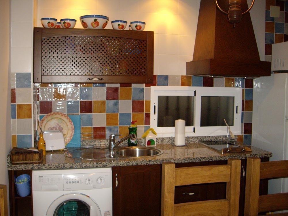 Apartamento mirador de la pe a en la iruela sierra for Cocinas jaen fabrica