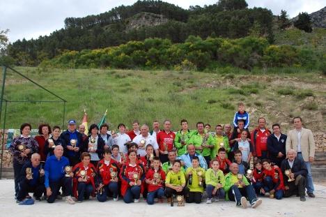 galardonados-y-autoridades-V-Trofeo-Parque-Natural-CAZORLA 2013